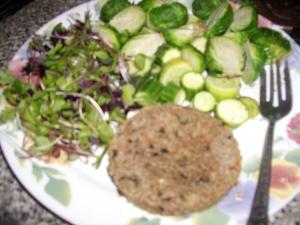 veggie burger with more veggies